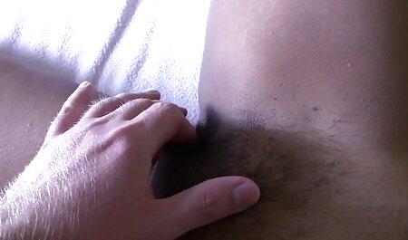Mujer peliculas porno sub español bronceada obtener el orgasmo con los dedos