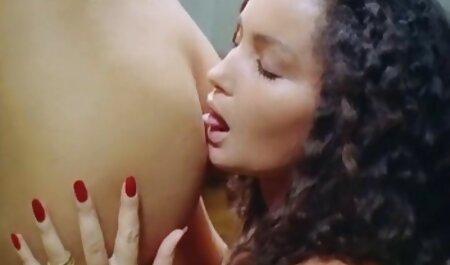 Catherine Em clavado su cuerpo en la naturaleza peliculas pirno en español