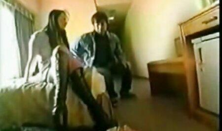 El hombre convenció a su novia para sub español xxx follarla delante de la cámara