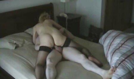 Seductora lesbiana en peliculas porno largas en español medias en la cama