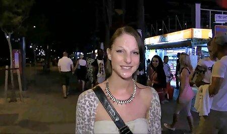 Rubia tetona invitó a peliculas porno audio castellano un chico a un masaje y una fiesta de masturbación